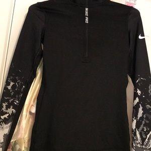Nike ProFit half zip-pull over